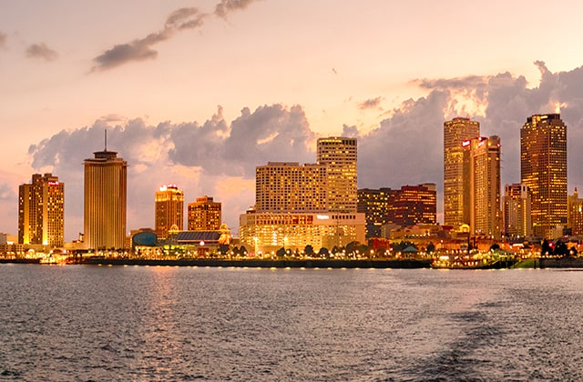 Explore New Orleans from a convenient central location